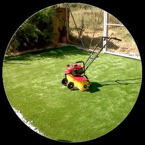 instalacion de cesped artificial para mantenimiento de jardines con norcesped