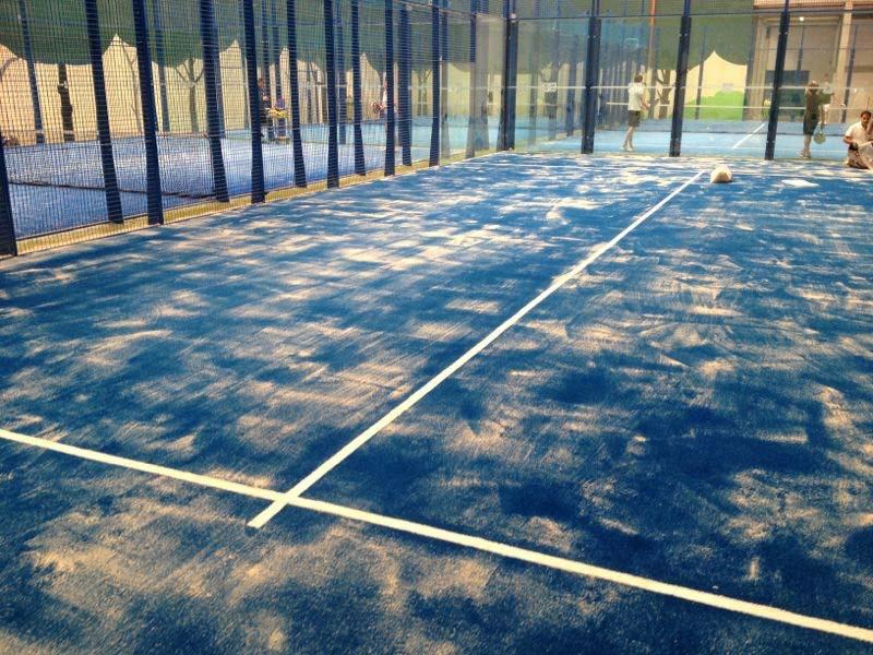césped artificial Norcesped instalación hierba artificial deportivo sustitución pista padel Fadura Getxo