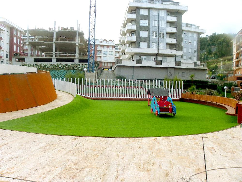 C sped artificial en terrazas y zona com n en - Cesped en terraza ...