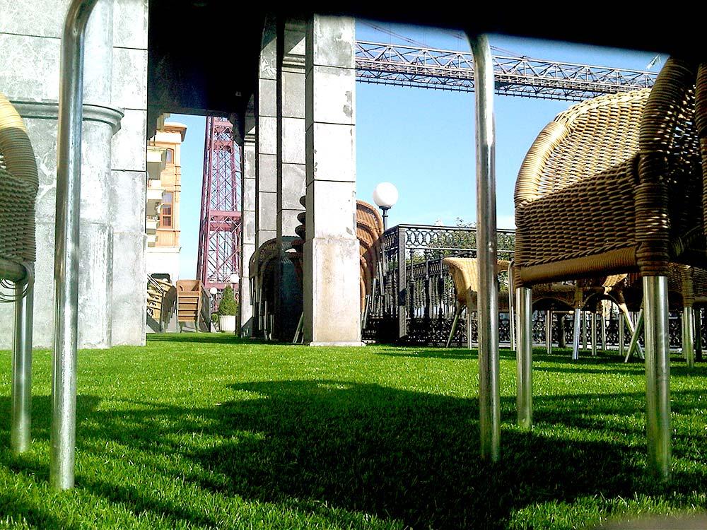 C sped artificial en terraza de gran hotel puente colgante for Hotel puente colgante