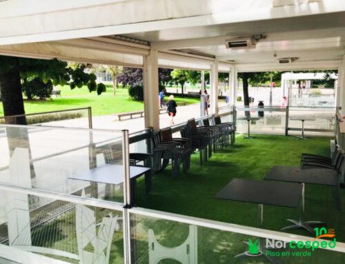 Césped artificial en terraza del Restaurante Aizian (Hotel Melía Bilbao)